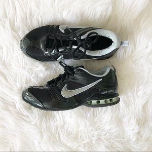 Nike Reax Cross Trainers